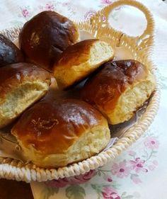 Myke hveteboller Homemade Dinner Rolls, Cloud Bread, Piece Of Bread, Recipe Boards, Pretzel Bites, Granola, Bakery, Sweet Treats, Food And Drink