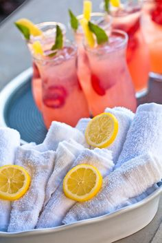 Vodka & Strawberry Lemonade Sparkler