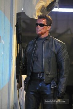 A gallery of Terminator Rise of the Machines publicity stills and other photos. Featuring Arnold Schwarzenegger, Kristanna Loken, Nick Stahl, Claire Danes and others. The Expendables Cast, Expendables Tattoo, Arnold Movies, Nick Stahl, Terminator Movies, John Connor, Dolph Lundgren, Claire Danes, Jason Statham