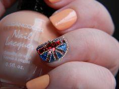 Día 28 : Uñas decoradas bandera británica / british jewel nail art @Klean Color Pastel Orange