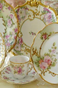 Vintage roses china...