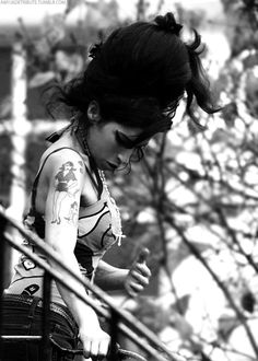 Amy Winehouse Amy Winehouse, Wine Shipping, Shipping Boxes, Amazing Amy, Her Music, Wine Cellar, Wine Delivery, Jade, Singer