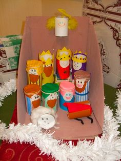 Homemade nativity set from toilet rolls :) Christmas Crafts For Kids To Make, Childrens Christmas, Christmas Nativity, Kids Christmas, Holiday Crafts, Paper Towel Roll Crafts, Toilet Paper Crafts, Children's Church Crafts, Sunday School Crafts