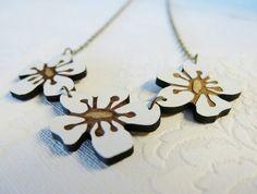 Manuka flower Rimu necklace