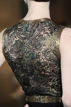 Christian Lacroix Fall 2009 - Details