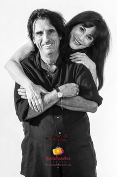 I've got to give credit to Alice; being in rock 'n roll most certainly does not make fidelity easy, but he's been married to his wife for over forty years and has remained faithful. Alice Cooper Wife, Rock N Roll Music, Rock And Roll, Alice Sweet Alice, Alice Copper, Paul Revere, Alternative Music, Monster Party, Johnny Cash