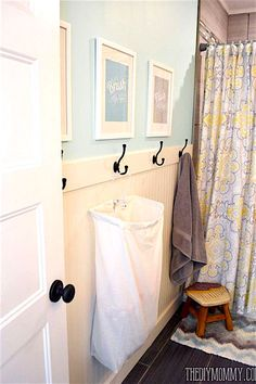 Bathroom Hacks, Bathroom Kids, Bathroom Towels, Family Bathroom, Bathroom Beadboard, Bathroom Mirrors, Bathroom Cabinets, Simple Bathroom, Bathroom Closet
