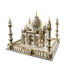 LEGO® - Taj Mahal -- I think I have this pinned somewhere already. but still sooo cool. Much better then my Puzzle Taj Mahal Lego Creator, Legos, Taj Mahal India, Lego Kits, Lego Sculptures, Amazing Lego Creations, Lego Boards, Lego Club, Lego City