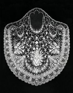 wedding veil designed and made for Princess Stéphanie of Belgium for her wedding to Crown Prince Rudolf of Austria in 1881 American History Museum Vintage Couples, Chic Vintage Brides, Korean Drama Online, Old Wedding Dresses, Unhappy Marriage, Princess Stephanie, Lace Veils, Lacemaking, Irish Lace