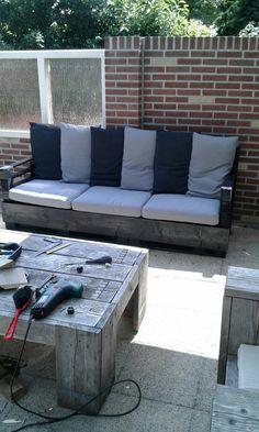 3 persoons loungebank van oude pallets