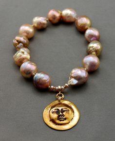 Kasumi pearl bracelet
