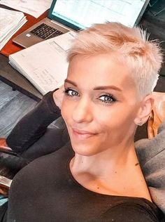 -#hair #haircut #hairstyle #womanhair #shorthair #short hairstyle design #short haircut ideas #super short haircut #white short hair #short haircut for woman Short Hair Cuts, Short Hair Styles, Short Hair Designs, Pixie Cut, Foto E Video, Hairstyle, Cozy Living, Instagram, Women