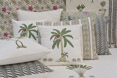 PERIYAR Classic hand block printed bed collection celebrating a rich textile heritage is inspired by the #magical Lake Periyar in #Kerala. Reflected in the blue water of the lake are verdant green groves of palm, banana and mango trees. Discover the Periyar collection on our #WebBoutique . #EnchantedIndia #Lake #PalmTrees #BedTimeStories