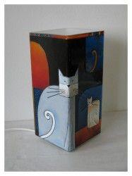 Amorf macskák meselámpaMikulásos  www.meselampa.hu by AsterGlass Design (Burján Eszter 'Aster' üvegfestő művész)