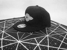 decah #decah #decah.one #apparel #art #design #streetfashion #aesthetic #noir #contrast #geometry #minimalist #black #white #love #infinity decah www.decah.one