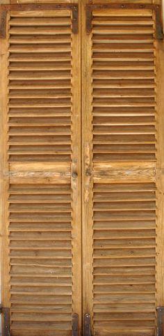 Portes de rangement persinnes En vieux pin. Portes de rangement décoratives . Portes Antiques - fabricant restauration et création
