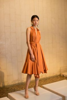 View the complete Josie Natori Spring 2017 collection from New York Fashion Week. Fashion 2017, New York Fashion, Love Fashion, Runway Fashion, High Fashion, Fashion Show, Fashion Design, Fashion Trends, Orange Dress
