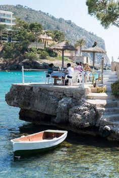 Camp de Mar. | Mallorca | Eiland | Spanje | Blauw water | Vliegvakantie | #vakantie #ontspannen #reizen #vliegen #vliegvakantie