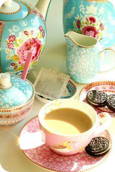 Love the posh tea set and oreo combination!