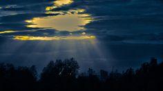 https://flic.kr/p/j9pdSD | Sunlit clouds. | Sunlight over Manchester city center.