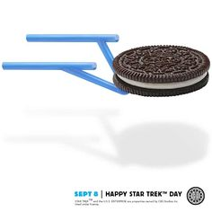 Without Oreo cookies and Milk, intergalactic flight is just plain boring. #dailytwist http://oreo.ly/dailytwist
