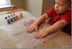 """Another pinner wrote: """"Painting on bubble wrap. Such a great sensory experience! Toddler Preschool, Toddler Crafts, Preschool Crafts, Crafts For Kids, Arts And Crafts, Baby Sensory, Sensory Activities, Toddler Activities, Preschool Education"""