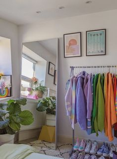 Room Ideas Bedroom, Bedroom Decor, Bedroom Colors, Indie Room, Pretty Room, Aesthetic Room Decor, Room Planning, Room Setup, Bedroom Styles