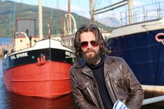 Stephen Walters, AKA Angus from #outlander chilling out with the Vital Spark in Inveraray @Writer_DG