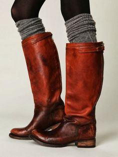 tall slouchy boots. layers.