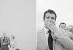 Os noivos também choram e nos emocionam. via @emotion.me