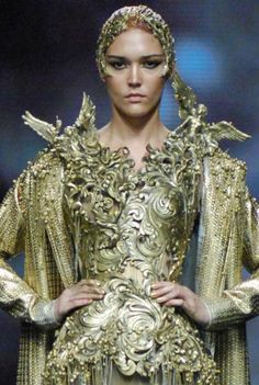 "Tex Saverio, Jakarta Fashion Week.  On Project Runway they always talk about veering too much towards ""costume""  Well...?"