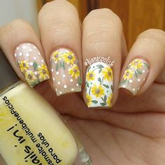 Nail Art Designs In Every Color And Style – Your Beautiful Nails Yellow Nails Design, Yellow Nail Art, Floral Nail Art, Summer Acrylic Nails, Spring Nails, Nail Designs Spring, Nail Art Designs, Cute Nails, Pretty Nails