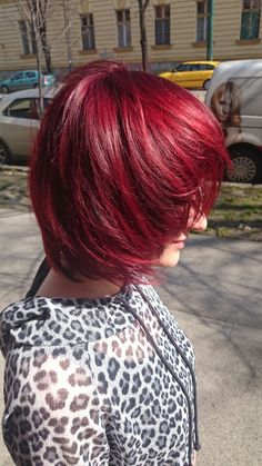 WELLA  Red 2015