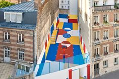eluwasi:  Pigalle Duperré is a colourful basketball court tucked between a row of Parisian apartments Photography BySebastien Michelini.