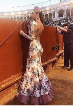 Spanish Dress, Fiesta Outfit, Dress To Impress, Boho, Flamenco Dresses, Wedding Decorations, Amber Heard, Formal Dresses, Lady