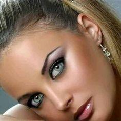 Iconic eyes