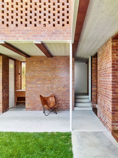Christian Street House / James Russell Architect