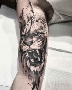 black work lion arm tattoo design by Tattoos 3d, Trendy Tattoos, Animal Tattoos, Sleeve Tattoos, Hand Tattoos, Lion Arm Tattoo, Lion Head Tattoos, Leg Tattoo Men, Sketch Tattoo Design