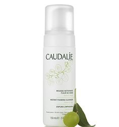 Beautiful skin starts with clean skin, an essential skin care routine the Caudalie foaming cleanser produces a airy foam that gently cleanses all skin types. Suitable for everyday use and sensitive skin. Skin Toner, Cleanser And Toner, Mousse, Salvia, Facial Wash, Make Up Remover, Schaum, Combination Skin, Anti Aging Skin Care