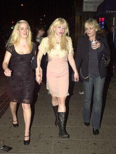 Courtney Love and Anita Pallenberg Anita Pallenberg, Kurt Cobain, Courtney Love 90s, 90s Fashion, Fashion Models, Celebrity Skin, Celebrity Babies, Italian Actress, Amy Winehouse