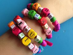 Can homework be fun? Indeed it can, especially when you tailor it to your child's interests. Crafty kids who are working on spelling and vocab will love this simple bracelet idea!