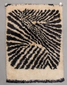 9822175 bukobject Rya Rug, Latch Hook Rugs, Rug Inspiration, Floor Cloth, Textile Fiber Art, African Textiles, Penny Rugs, Woven Wall Hanging, Rugs On Carpet