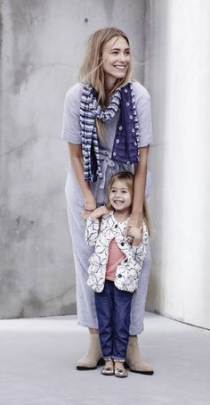 We're serving up only the best (style) for mommy and her mini-me. Shop mommy-and-me outfits today at Old Navy. Mommy And Me Outfits, Toddler Girl Outfits, Baby Girl Fashion, Kids Fashion, Capsule Wardrobe Mom, Girls Clothes Shops, Mom Dress, Made Clothing, Summer Baby