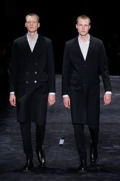 Neil Barrett Fall 2018 Menswear Fashion Show