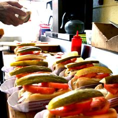 chicago style hot dogs from chicago food planet food tours Chicago Hot Dog, Chicago Style, Chicago Trip, Hot Dog Restaurants, Chicago Restaurants, Hot Dog Buns, Hot Dogs, Best Pickles, Boys Food