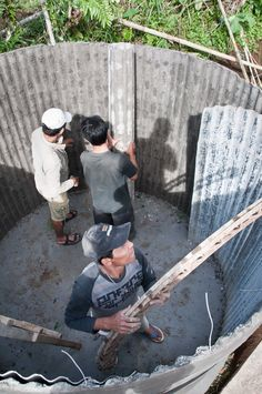 ^^Find out about rain capture system. Click the link to find out more****** Viewing the website is worth your time. Concrete Art, Concrete Design, Rainwater Cistern, Natural Farming, Water Storage Tanks, Papercrete, Fish Farming, Rainwater Harvesting, Water Well