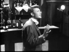 ▶ Johnny Hallyday - Pas cette chanson 1962 Par Mitchou - YouTube