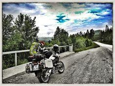 5.316km durch #Norwegen damals noch zu zweit auf der #R1200GS5.316km through #Norway. One couple one #motorbike http://ift.tt/2kVQ8WM #2malweg #motorrad #motorcycle #spiritofgs #makelivearide #bmwmotorrad #bmw #photography #fotografie #reisen #travel #blog