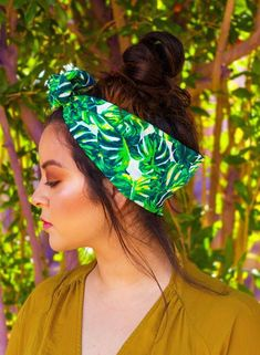 acfd1c41632 This is one of the palm patterned trendy summer outfits!  summeroutfits   headband