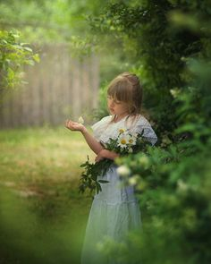 """theenchantedcove: """" / Photo """"secret garden"""" by Magdalena Berny """" The Secret Garden, Magdalena, Beautiful Children, Beautiful Babies, Shades Of Green, Color Splash, Color Pop, Family Photography, Children Photography"""